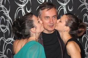 Poljupci za Miroslava Škoru u Frankfurtu   Foto:Fenix magazin