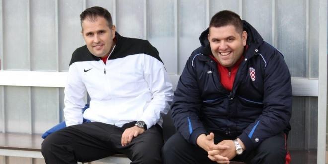 Trener Croatije Danijel Konta (lijevo) sa bratom i našim dopisnikom Stanislavom Kontom / Foto: Fenix Magazin