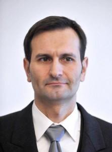 Dr.Miro Kovac