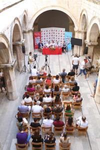 Konferencija za medije_atrij pala e Sponza