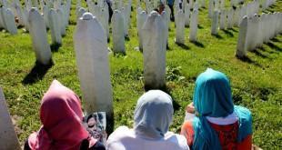 Arhvska snimka majki Srebrenice / Foto: Hina