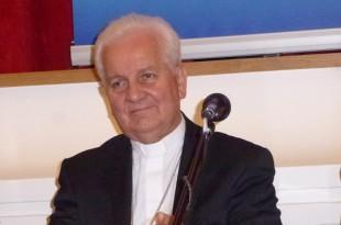 Biskup Franjo Komarica