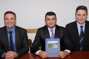 Dr. Šundov, M.Piplica i dr. Zdilar Foto: AHZ, Beč