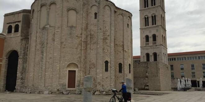 Crkva sv. Donata simbol je grada Zadra i najpoznatija monumentalna građevina u Hrvatskoj iz ranog Srednjeg vijeka (9. stoljeće)