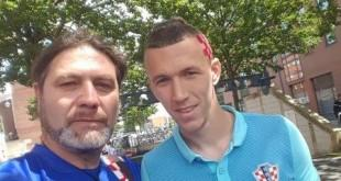 Naš novinar Zvonko Bosnić u Lensu sa Ivanom Perišićem koji ima novu frizuru