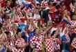 Hrvatski navijači pjevaju svoju navijačku himnu Lijepa li si