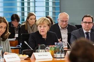 Angela Merkel na skupu udruga u Berlinu