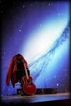 Scenografija Kemina gitara i jakna