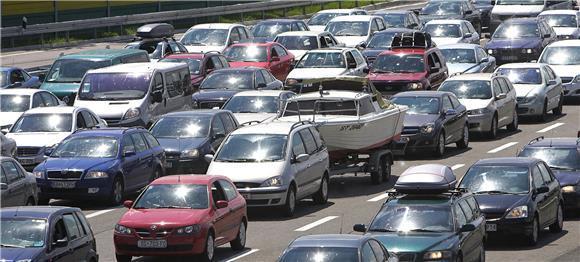 kolone guzva automobili granica