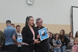 Nagrade i priznanja pobjednicima uručio je vlč. Ivica Komadina