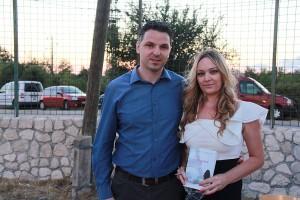 Načelnik Općine Galovac Marin Gulan i autorica romana Tragovi Marijana Dokoza