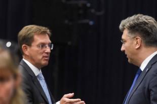 Susret slovenskog premijera Mire Cerara u srijedu u Podgorici  sa njegovim hrvatskim kolegom Andrejom Plenkovićem / Foto:HINA