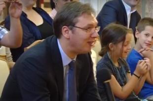 Vučić pozvao dječaka z Rijeke da navija za Zvezdu ili Partizan
