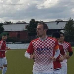 Igrači Croatie Muelheim pri istrčavanju na teren