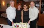 Naslovna_Tihomir Brečić i gradonačelnik Roedermarka Roland Kern sa suprugama ispred torte za 20 obljetnicu Zagreba