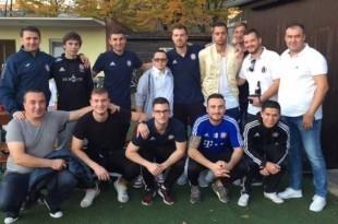 Vlado Križanac (četvrti s desna u gornjem redu) sa članovima Hajduka Nürnberg / Foto:F.Vrljić