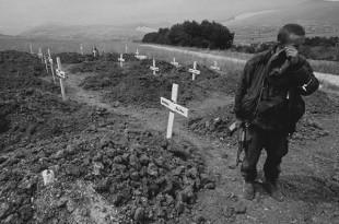 Grobovi ubijenih Hrvata /Foto: Arhiv HD