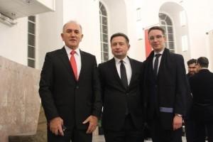 Sveöanosti dodjele nagrada nazoöio je i Zoran Andročec ( u sredini), direktor Gospodarsko interesnog udruženja Ingra-DET