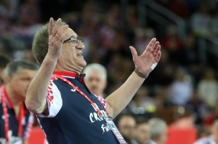 Na slici hrvatski izbornik Lino Červar / Foto HINA/ Damir SENČAR
