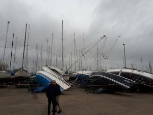 brodovi prevrnuti