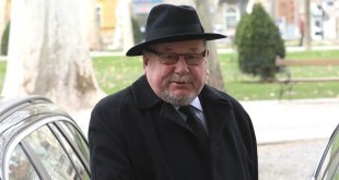 Vladimir Šeks svjedoèi na ponovljenom suðenju za Fimi mediu