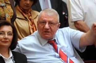 Ratni zločinac Vojislav Šešelj u beogradskoj Skupštini /Foto:Hina