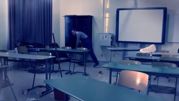 PANIKA U NJEMAČKOJ ŠKOLI: Muškarac ulazio u učionice i prijetio nožem i čekićem