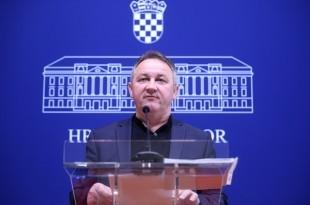 Napadi na vjerske osjećaje vjernika i Katoličku crkvu, tema je konferencije za medije HDZ-ovog saborskog zastupnika Steve Culeja. Na fotografiji Stevo Culej.