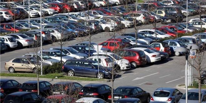 U prvoj polovici godine prodano je 5.037 novih lakih komercijalnih vozila. Foto HINA