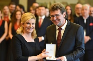 Predsjednik DSHV  Tomislav Žigmanov tijekom susreta s hrvatskom predsjednicom / Foto: Hina