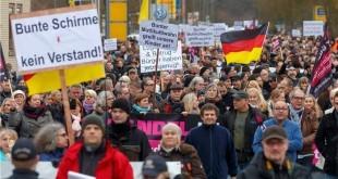 Od ubojstva krajem prošle godine u Kandelu se redovito održavaju prosvjedi protiv izbjegličke politike Angele Merkel. Foto: Hina