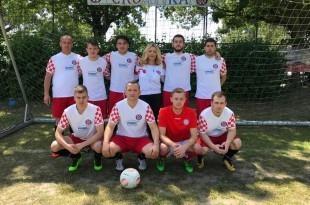Igrači NK Craotije Karlsruhe s predsjednicom Marijom Jaković. Foto: Fenix-magazin