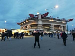 Fenixov suradnik Stanislav Konta iz Frankfurta ispred San Sira / Foto: Fenix