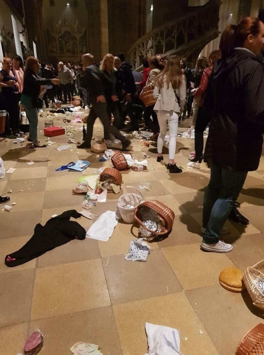 Prizor iz crkve nakon napada / Foto: Fenix (Ana Biondić)
