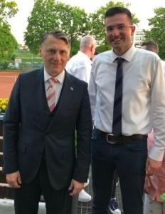 Generalni konzul Kristijan Tušek i fra Nikola Kozina / Foto: Fenix