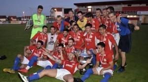 Radost igrača Croat San Pedro nakon uručenja pehara / Foto: Fenix (Dražen Patardžić - HNS)