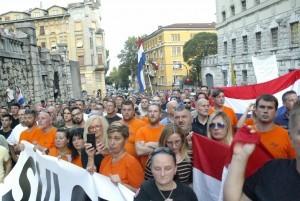 Prosvjed podrške riječkom HGSS-ovcu Matku Škalameri / Foto: Hina