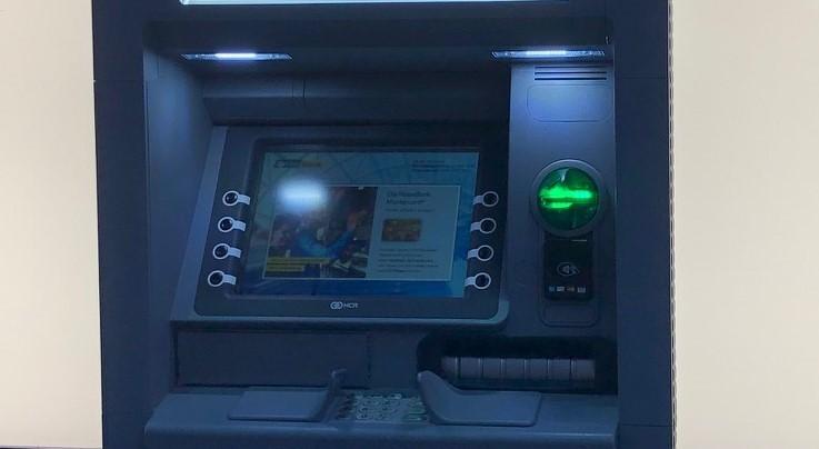 Deutsche Bank: 'Gotovina će preživjeti, izumrijet će kartice'