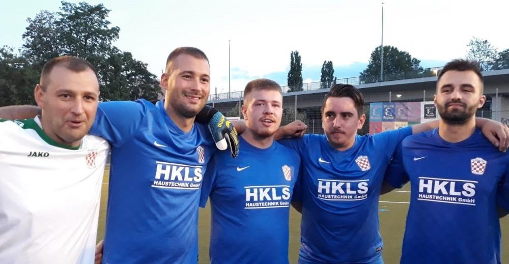 Igrači druge momčadi Croatije Frankfurt / Foto: Fenix