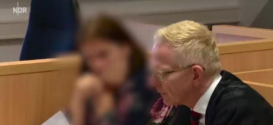 (VIDEO) MAJKA IZ PAKLA: Uvjerila svoje četvero djece da su bolesni, gostovala u televizijskim emisijama, javnost je žalila…