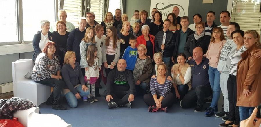 (FOTO) Vila Croatia Stuttgart ugostila 130 folkloraša iz domovine i Austrije