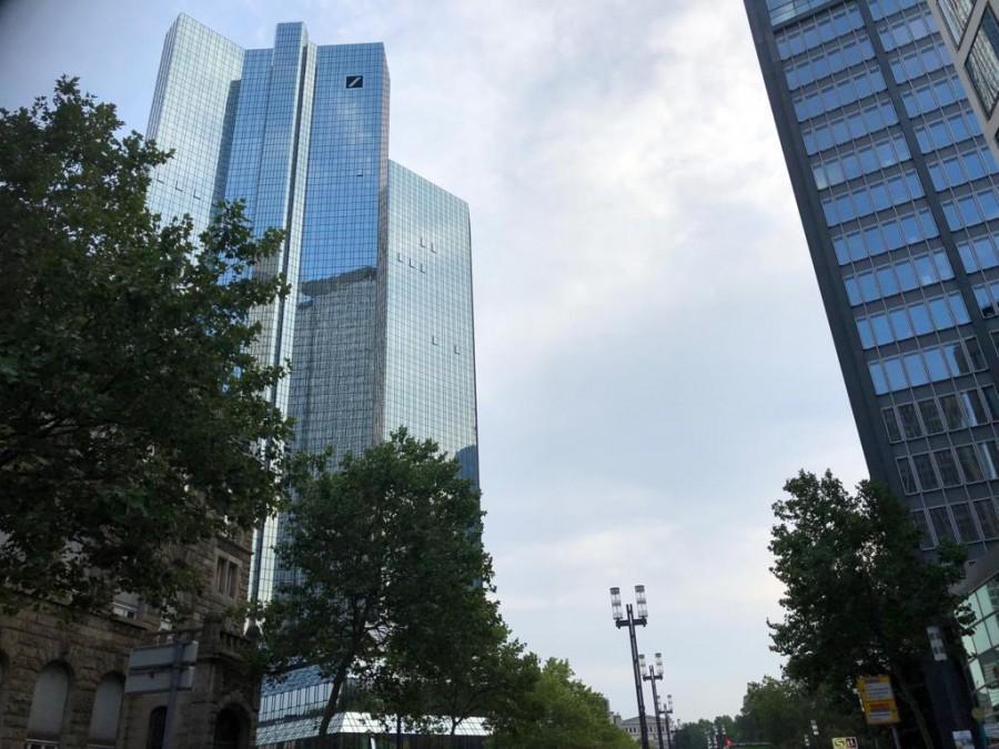 FRANKFURT: Hrvat unajmio sobu u hotelu na tri dana i krenuo u pljačku s odvijačem