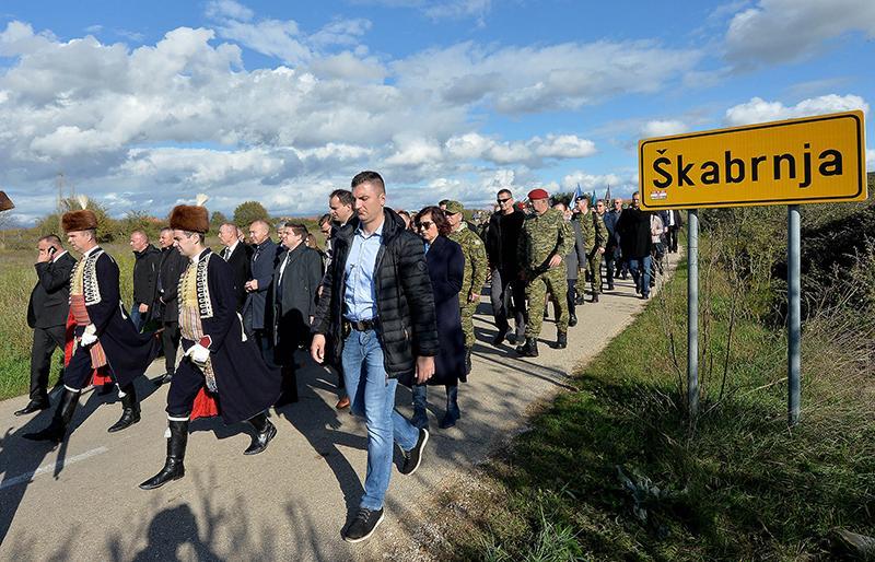 Oko 15.000 ljudi na 28. obljetnici stradanja Škabrnje