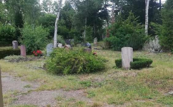 MISTERIJ NA GROBLJU U NJEMAČKOJ: Pod zemljom pronađeni ostatci tijela, nisu bili u lijesu