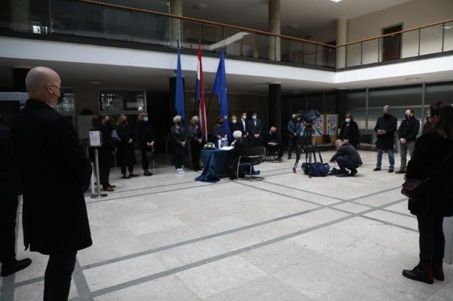 Oproštaj od gradonačelnika Milana Bandića / Foto: Hina Hina
