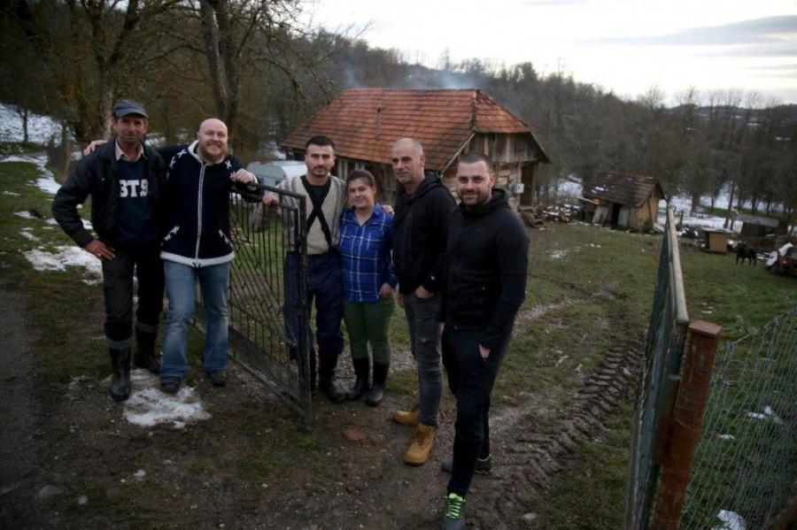 Obitelj Golubovac iz Zrina/ Foto:Hina