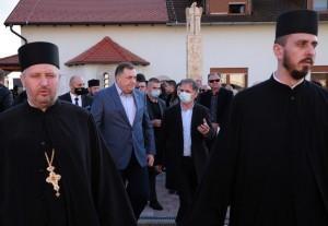 Pupovac i Dodig u Jasenovcu