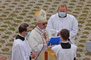 Biskup Zdenko Krizic